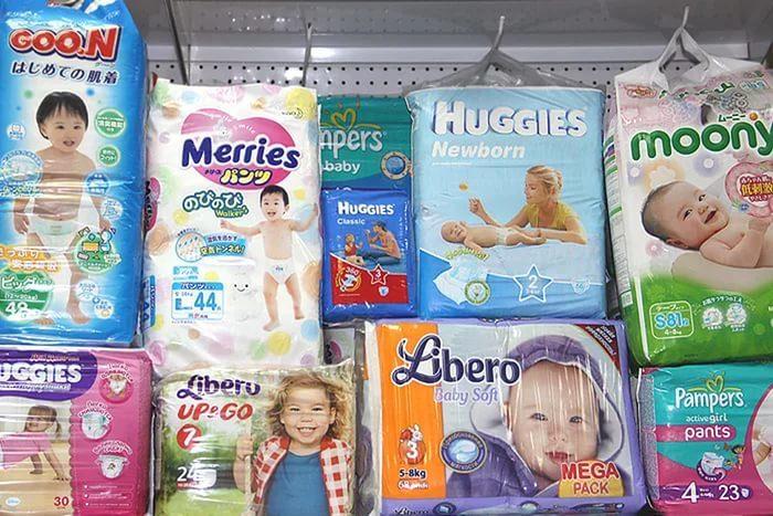 подгузники для ребенка